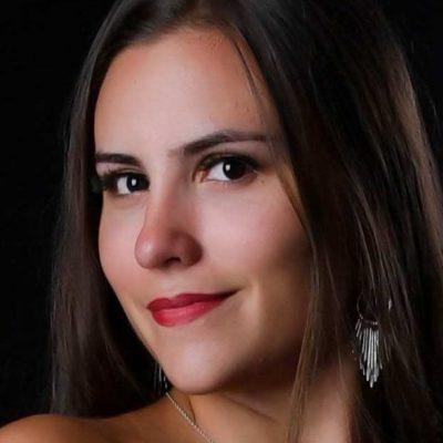 Allison TAXONERA (2)