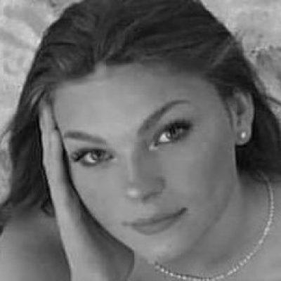 Melissa CATTEAU petite recadré (2)